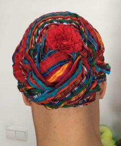 Pañuelo foulard con flor quimio 3