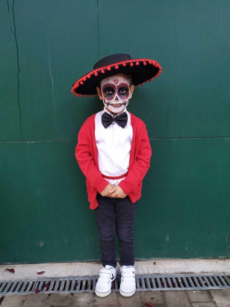 Disfraz casero catrina mexicana niño